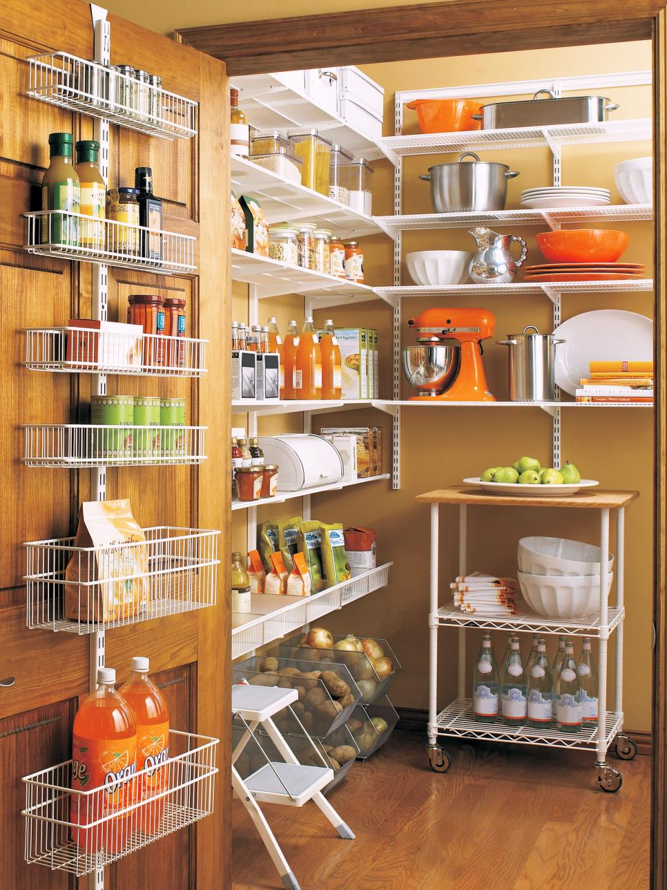 Why pantry organizers are important for your kitchen