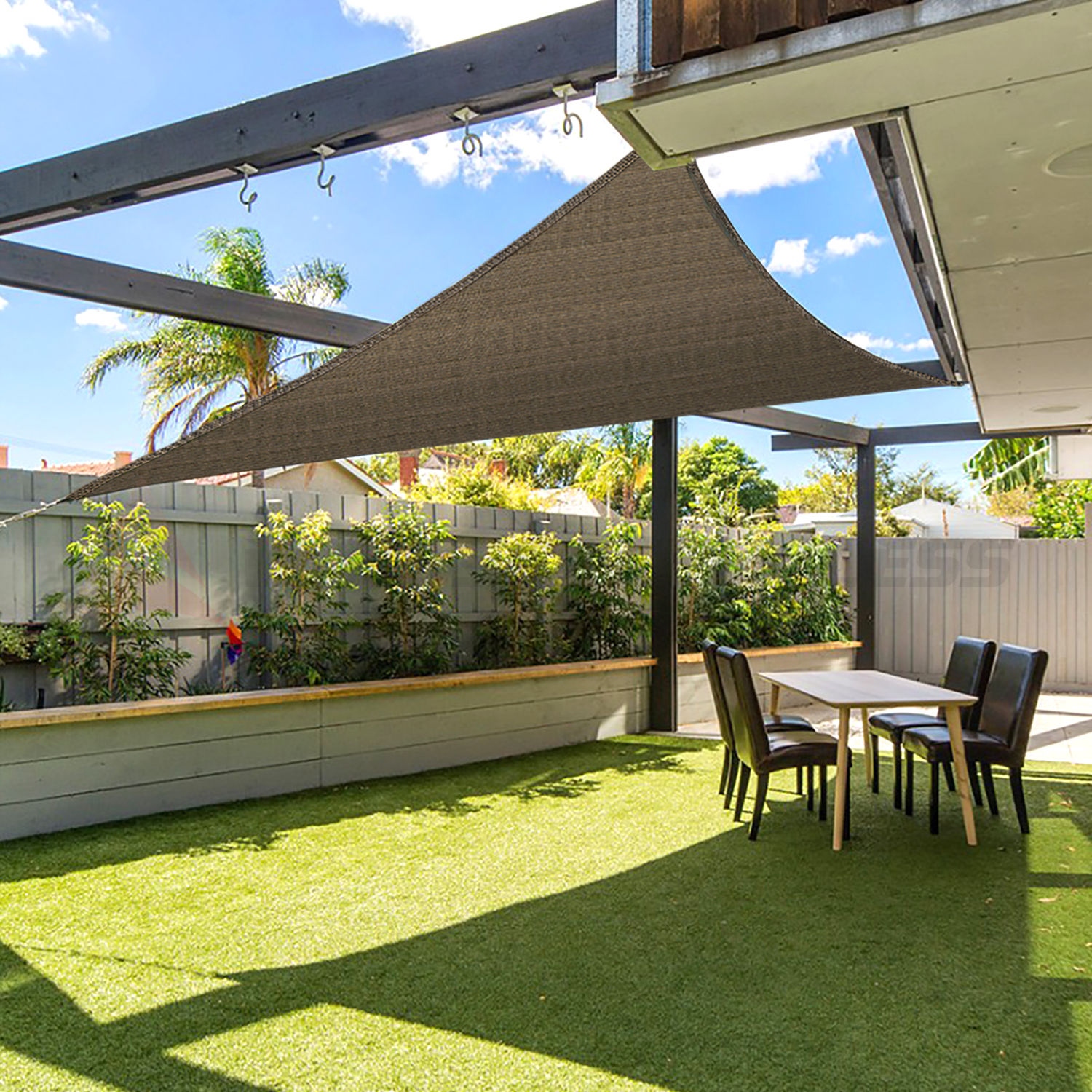 Benefits of a patio canopy