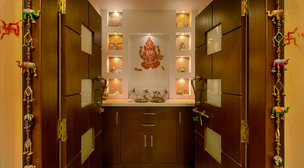 Amazing beautiful pooja room designs in hall kwgkyku