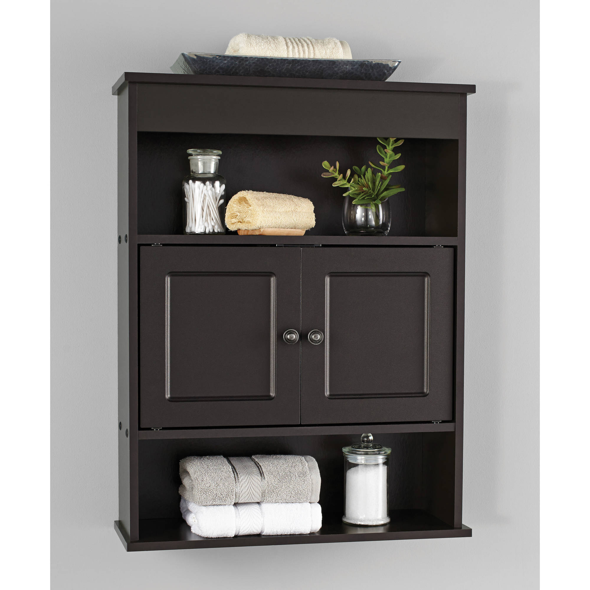 Bathroom wall cabinets for managing space