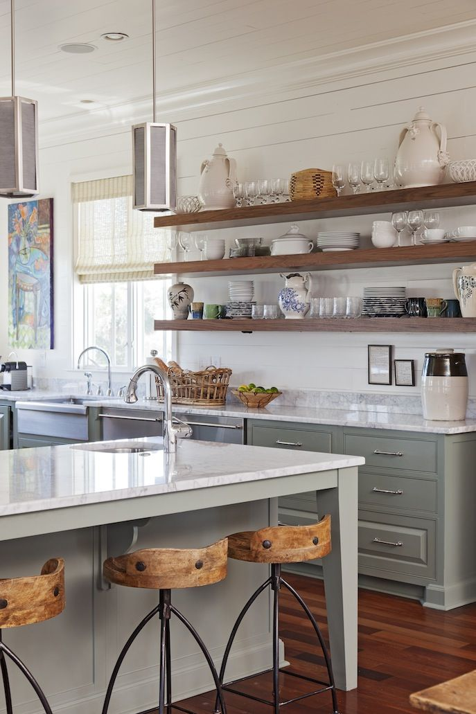 Kitchen shelving – a modern way to organize and manage your kitchen