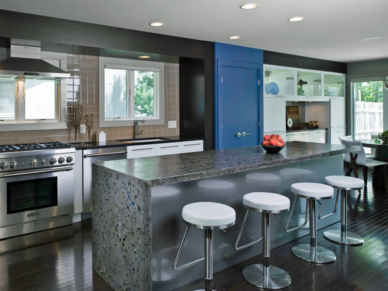 Awesome galley kitchen ideas a guide to kitchen layouts zlpkfvj