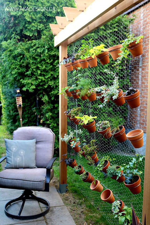 Awesome stand-alone wall. this vertical garden-built ... ewwqxeo