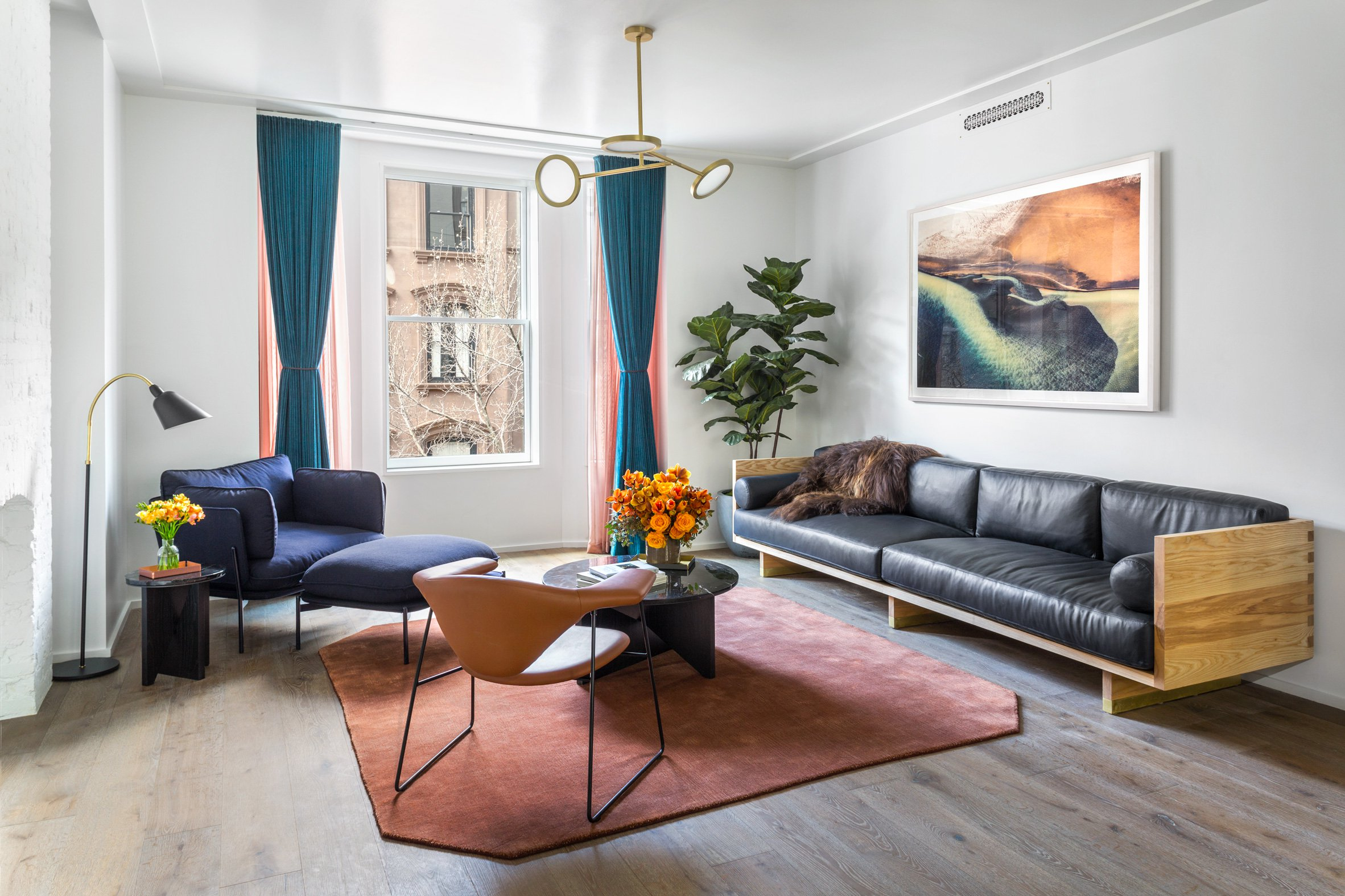 Beautiful brooklyn apartment gets chic interior design by local studio matter eulnnnw