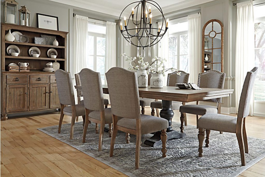 Upholstered dining room chairs worth going for