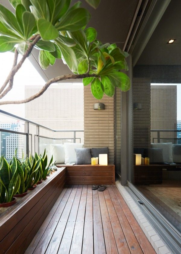 Best balcony design outside the living room, a beautiful covered terrace acts as a miniature boxugpe