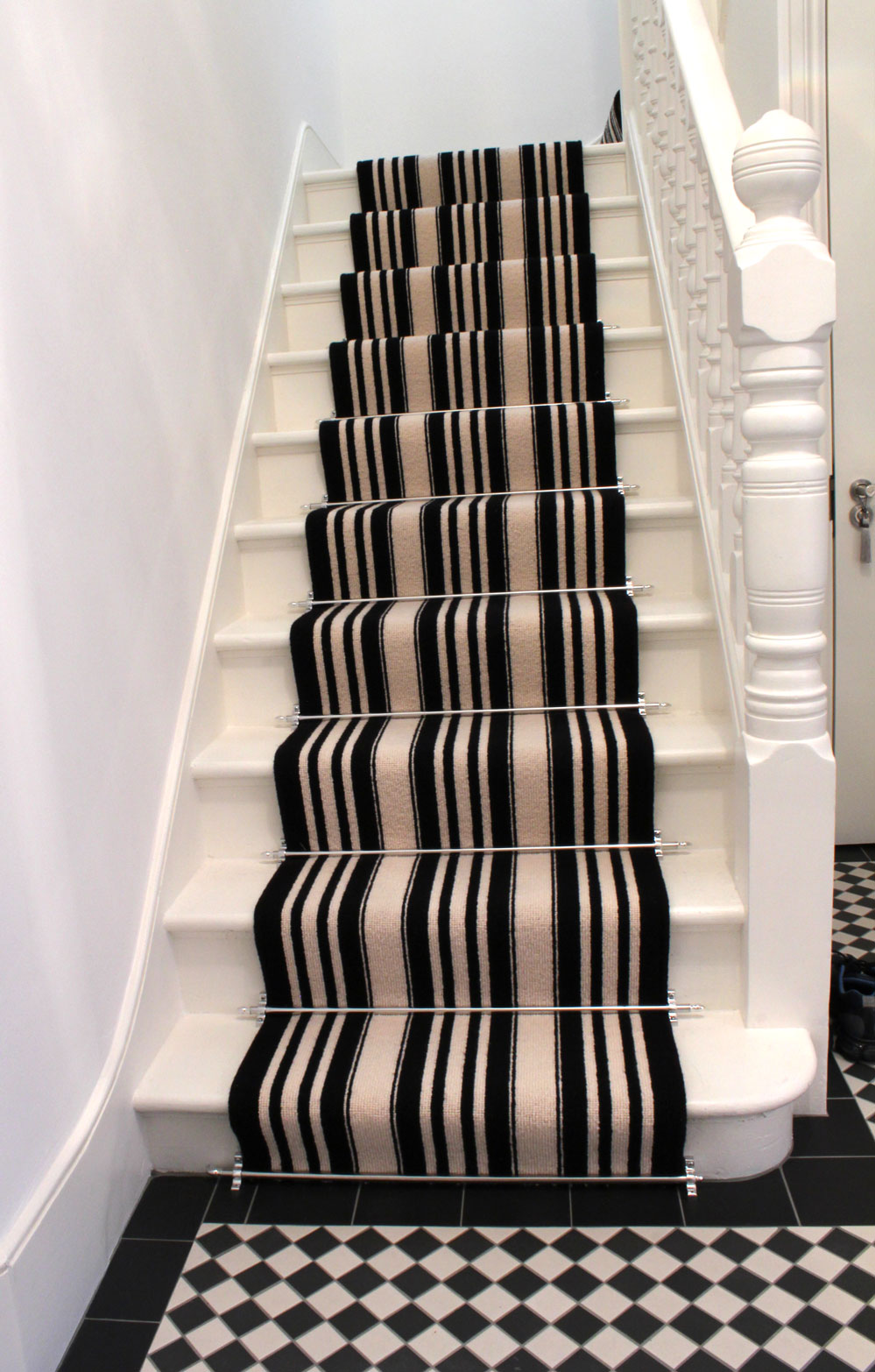 Best image of: modern carpet for stairs ideas sgdgnvk