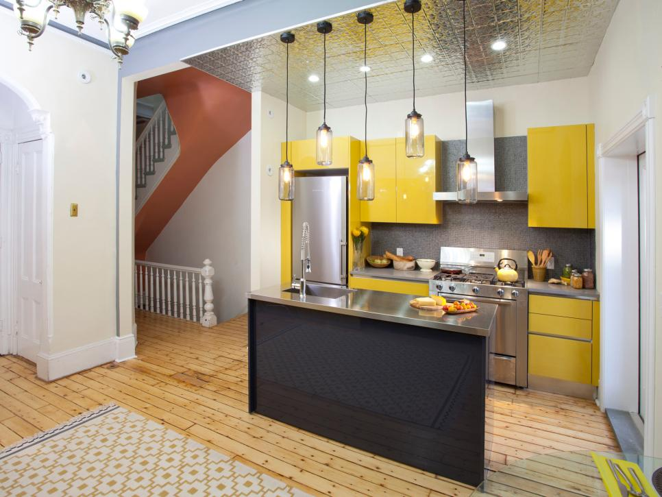 Cool interior design ideas for kitchen pictures of small kitchen design ideas from hgtv | hgtv shxwlma