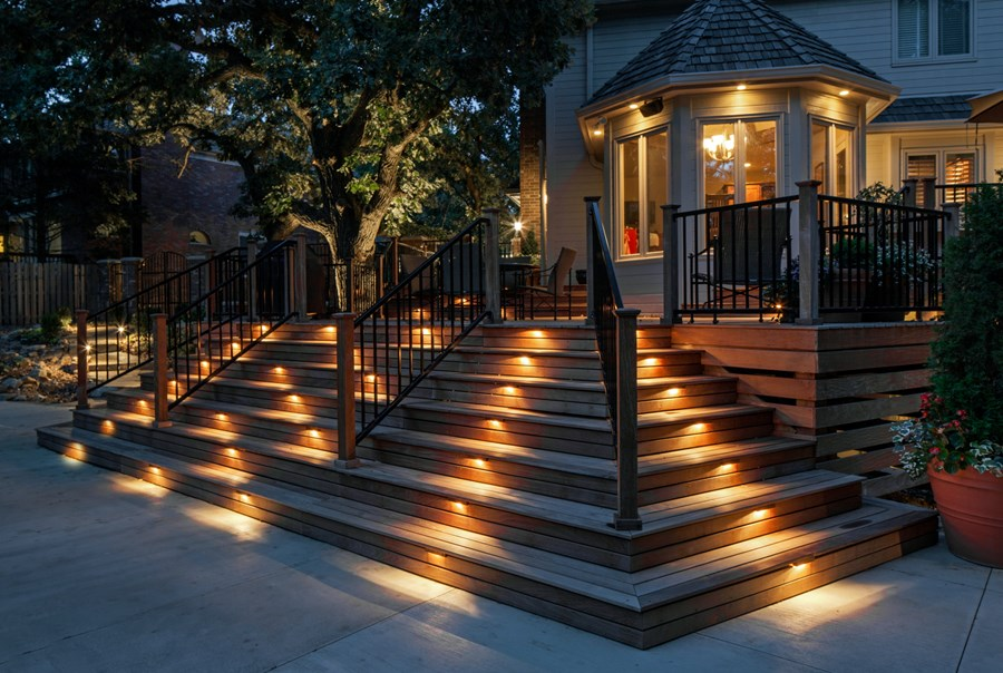 The correct way you should install your deck lighting at home