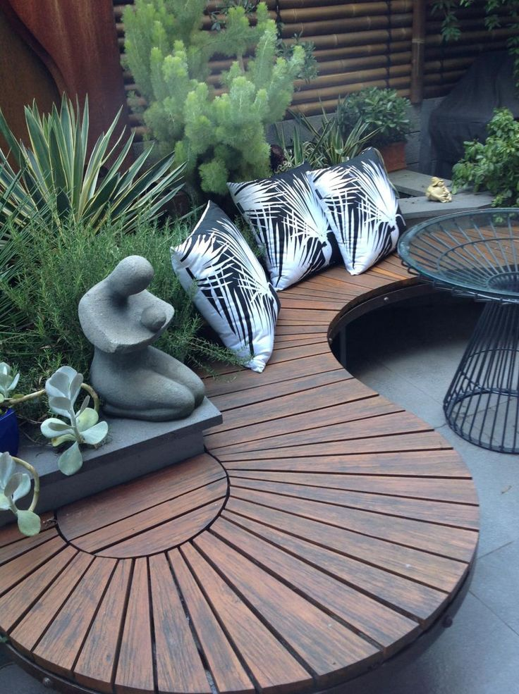 Creative interesting outdoor seating and table. with garden builtin - gardening  choice org bsfrhfd