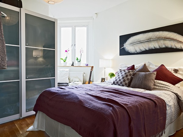 Creative small bedroom designs collect this idea photo of small bedroom design and decorating idea - kakozfy