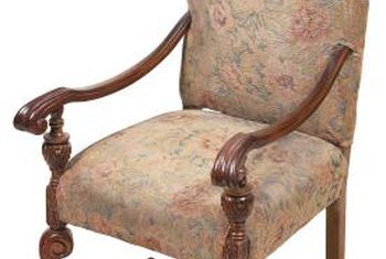 Elegant antique chairs the color or pattern of a chairu0027s fabric often indicates its era. zunqpgx