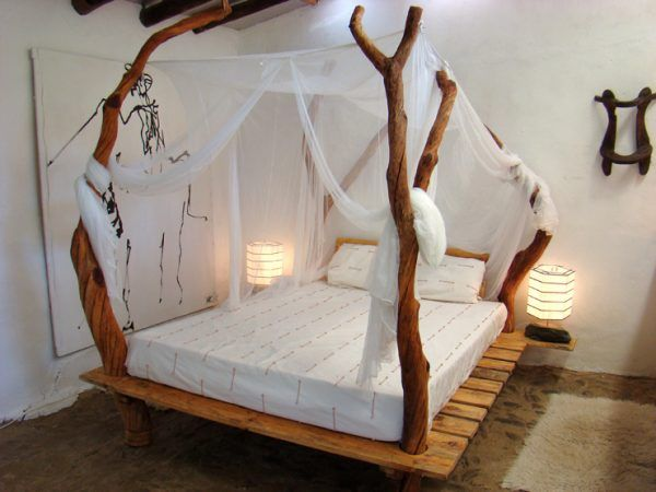 Elegant canopy beds 62 creative recycled pallet beds youu0027ll never want to leave kugcezk