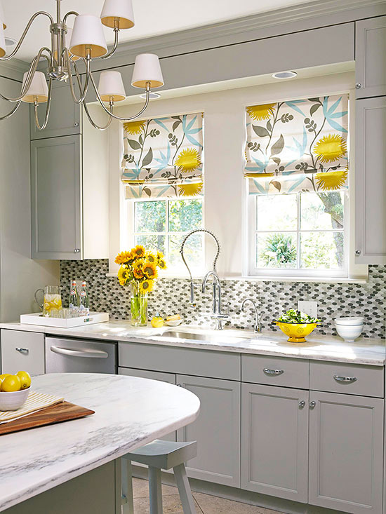 How to decorate kitchen windows?