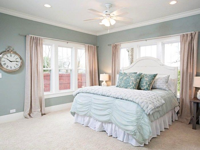 Selecting the paint colors for bedrooms