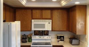 Excellent kitchen ceiling lights idea for our kitchen where the old flourescent lighting was. ydrzmei