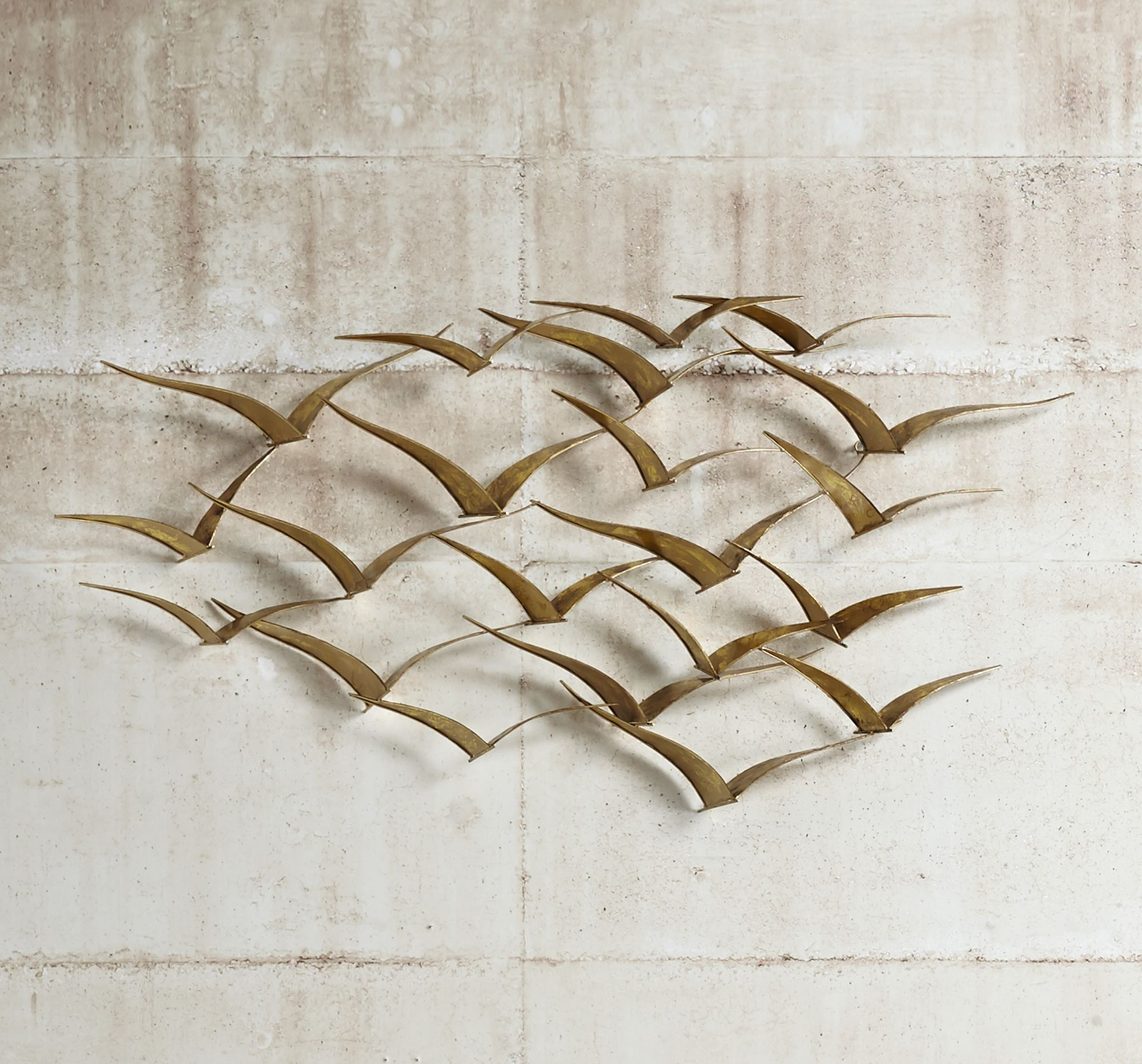 Metal wall art – get to know the different types