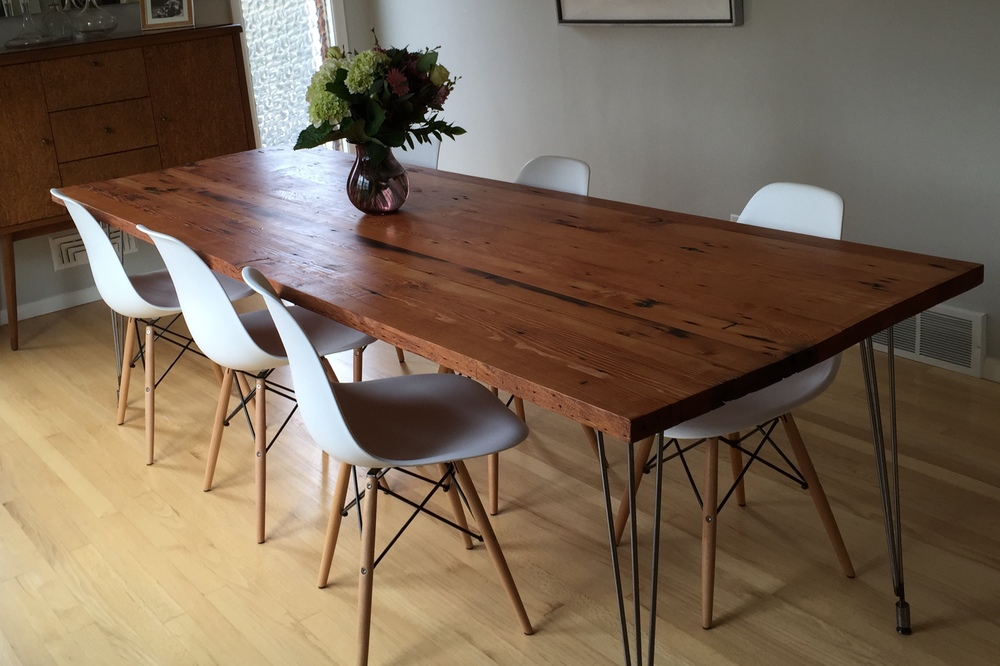 Inspiring reclaimed wood table sets