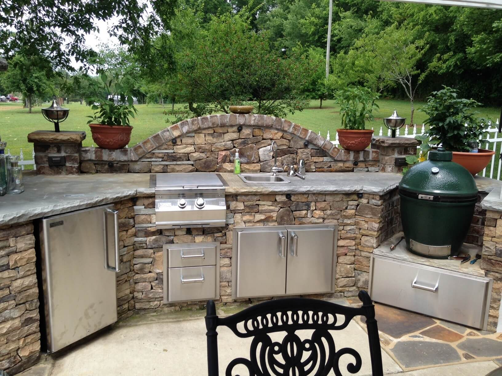 Fancy outdoor kitchen ideas slate and stone outdoor kitchen décor snsnfhm