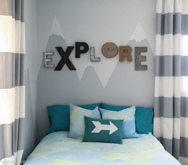 Fashionable bedroom themes a mountain mural for the little explorer irrnlzb