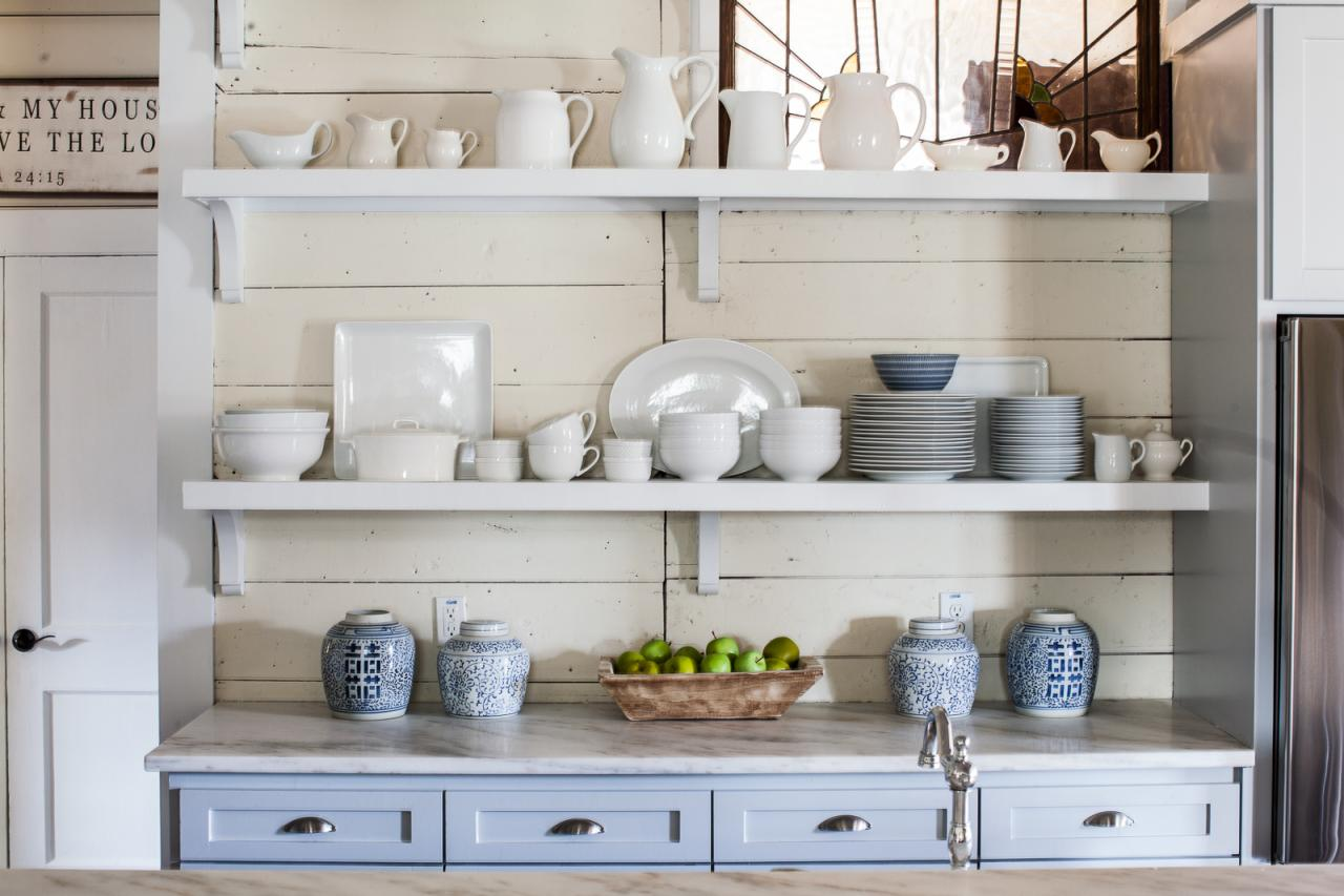 Images of kitchen shelving 7: itu0027s a budget-friendly solution. country kitchen features charming open  shelving yctuthy