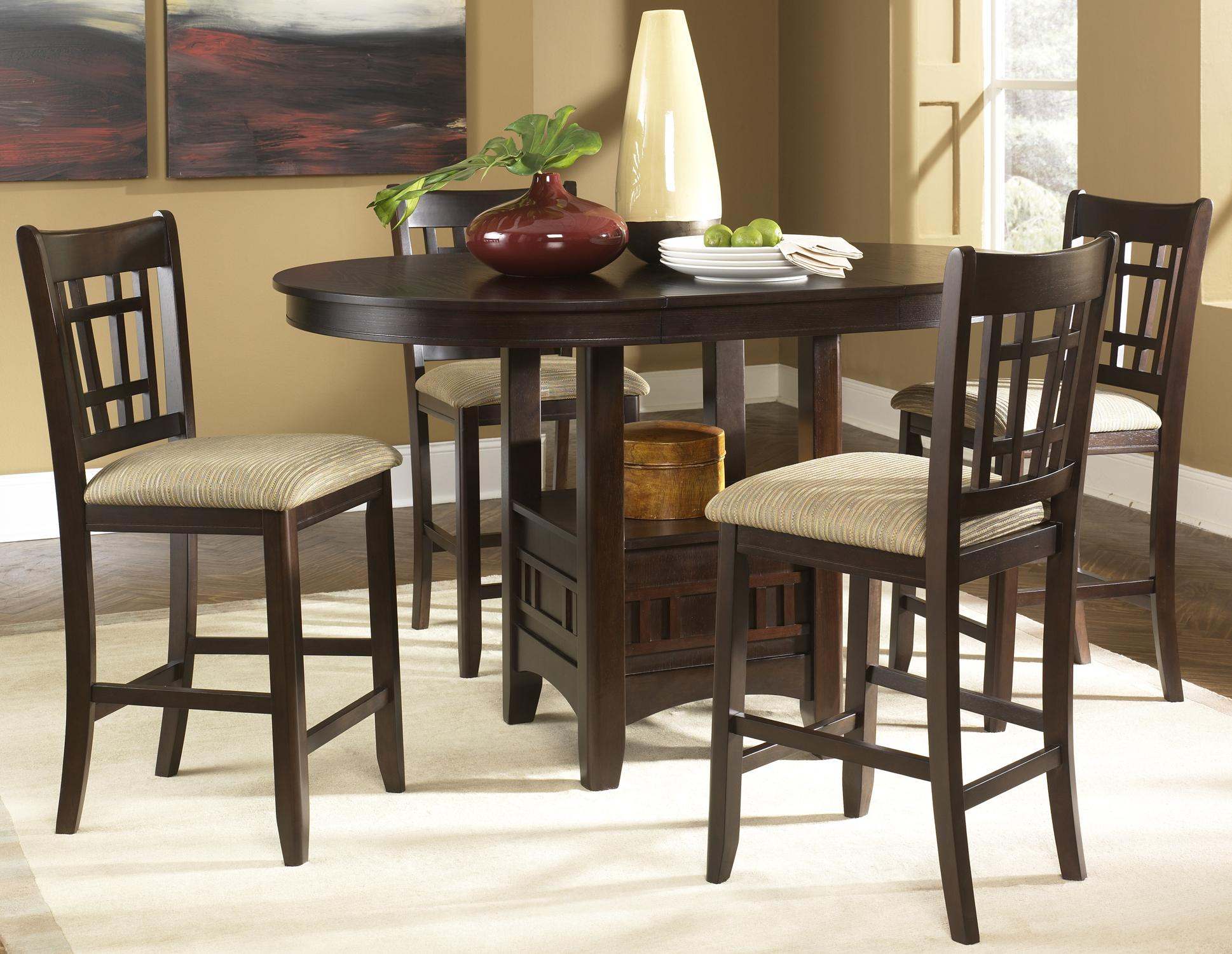 Choosing the right bar table and chairs