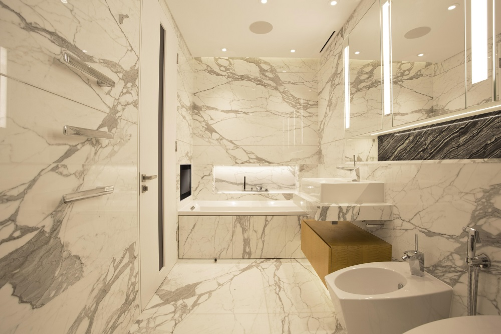 Remodelling your bathroom with a bathroom designer