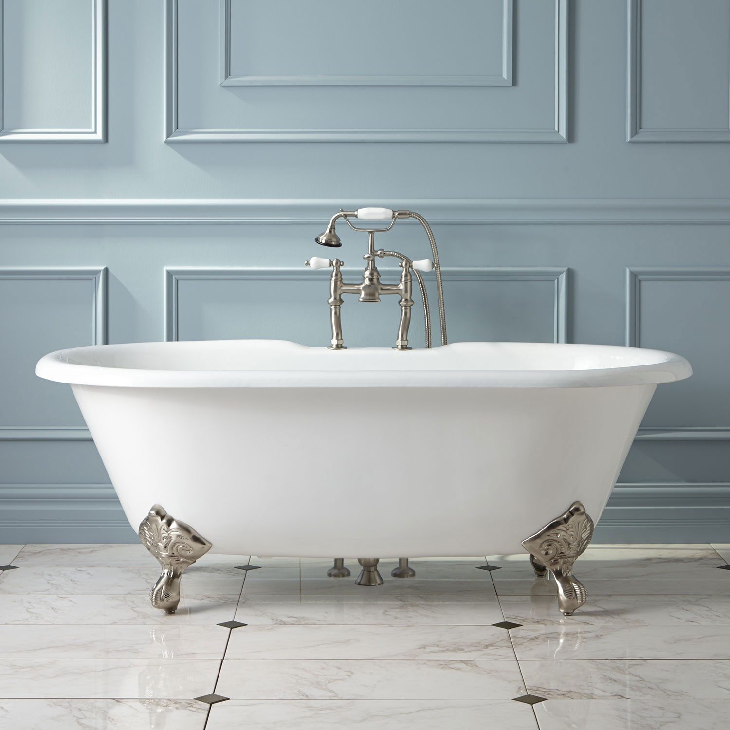 Enjoy your bathing time with bathtubs