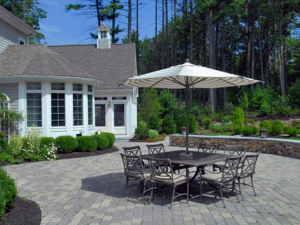 Luxury paver patio 10 tips and tricks for paver patios | diy zzwdnik