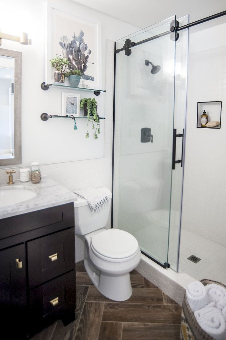 How to remodel small bathrooms