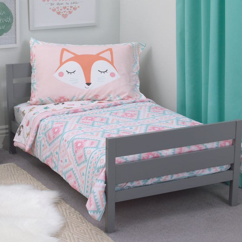 Add colours to your young one's room with bedazzling toddler bedding