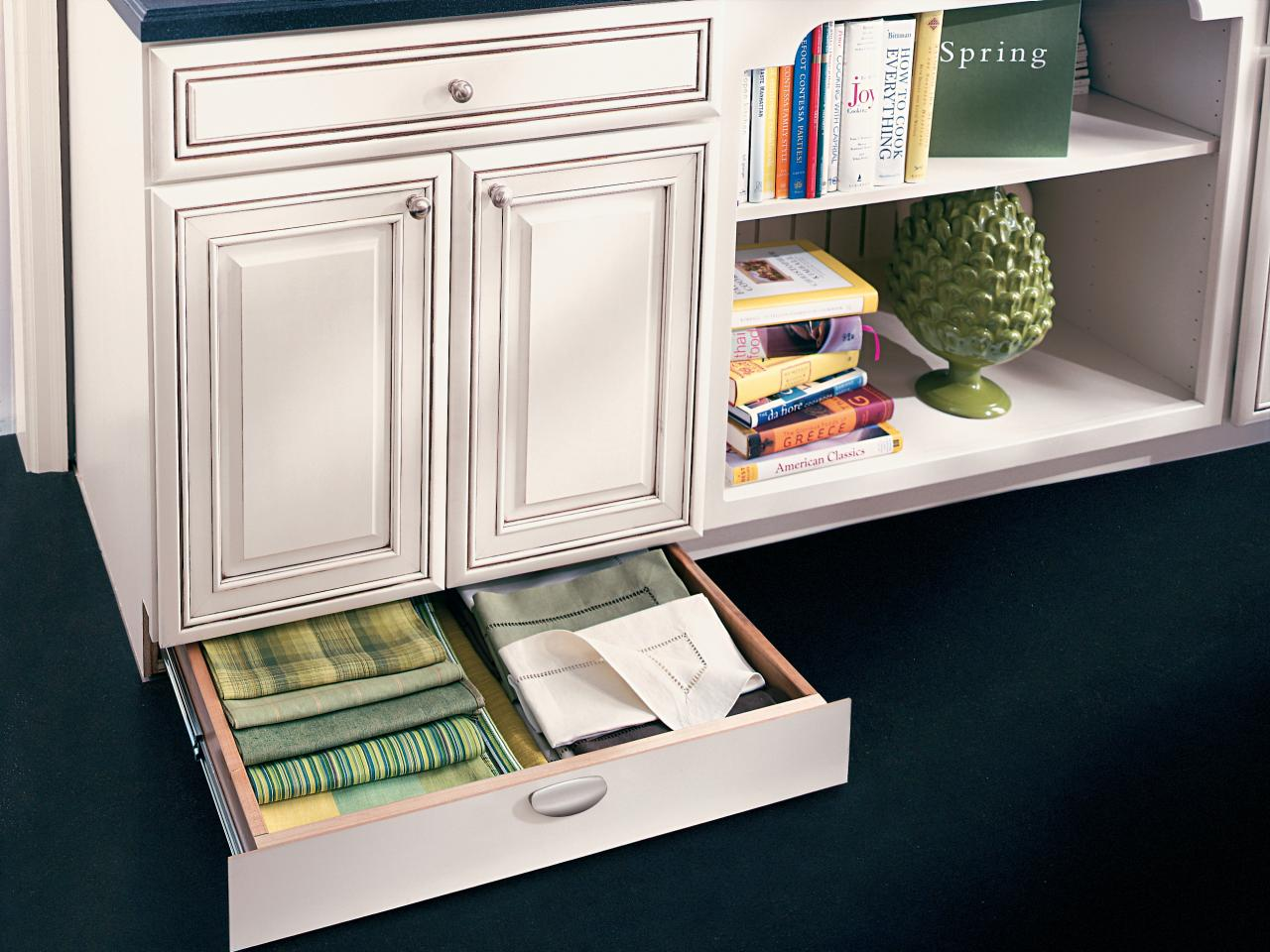 Pictures of kitchen drawers how to pick kitchen cabinet drawers trmexjt