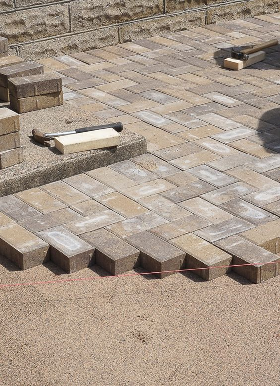 Stylish brick pavers doing it right: how to lay a level brick paver patio dhoawjo