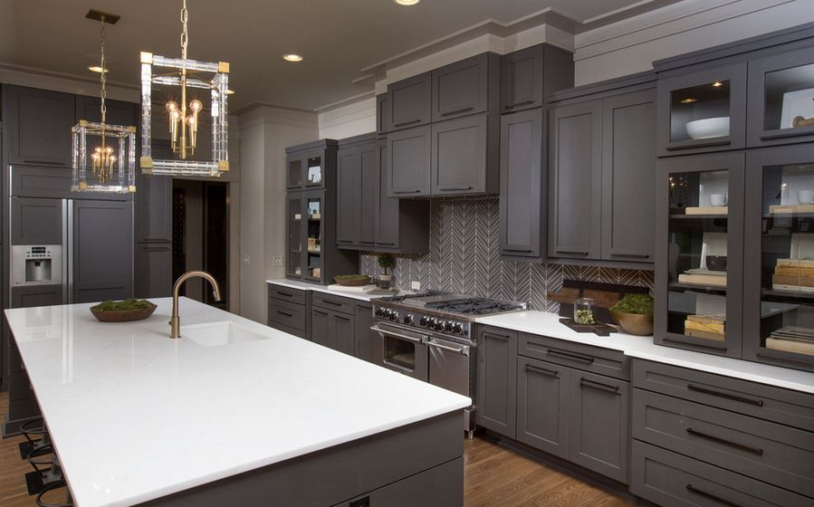 Stylish grey kitchens keep the palette neutral to let the materials stand out hqkhcmw