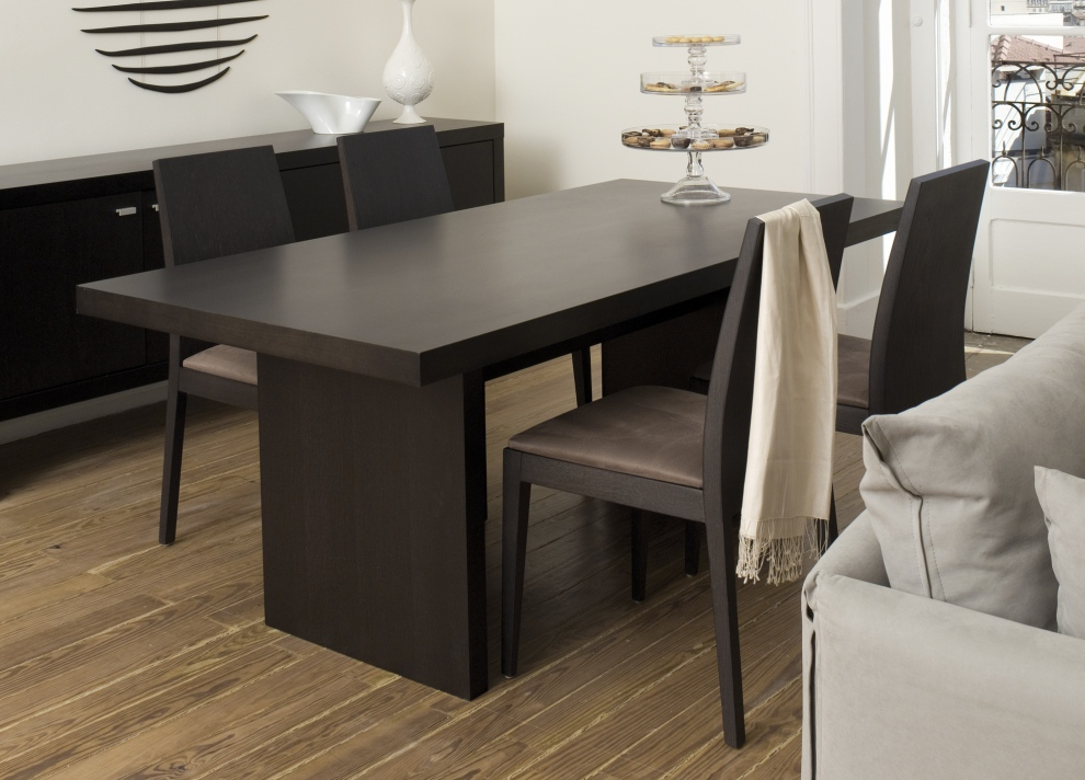 3 key points to consider in the perfect contemporary dining table
