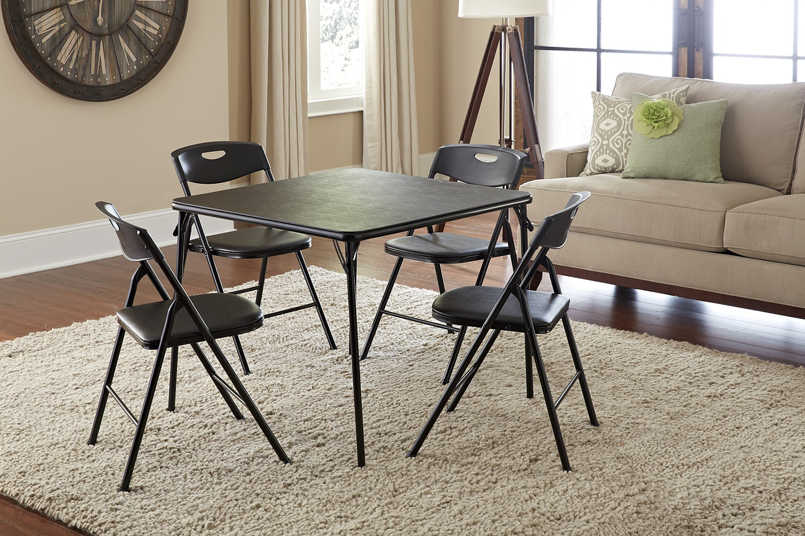 How to buy a folding table and chairs set