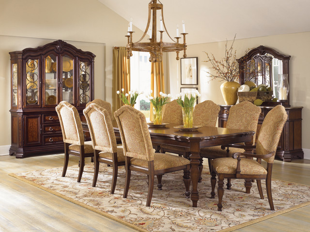 Attractive traditional dining room sets comfortable dining chairs encourage seconds traditional dining room tifexvx