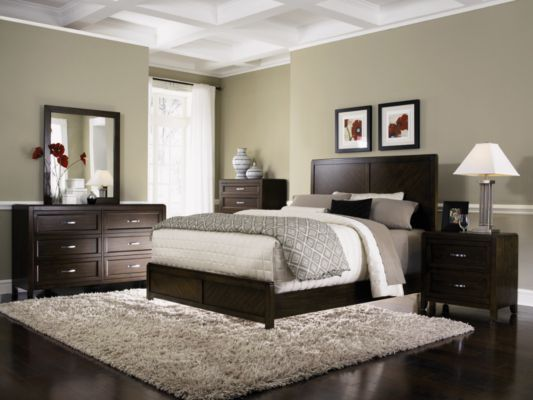 Awesome dark wood bedroom furniture really nice bedroom idea!!! has the green and dark furniture too! pixjrns