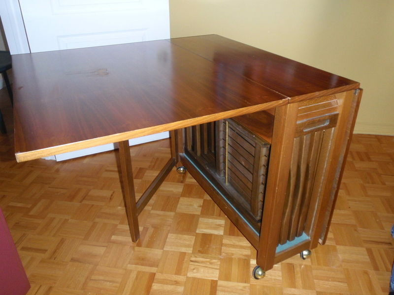 Awesome folding table with chairs back to: the variations of folding table and chairs designs nduvjjl