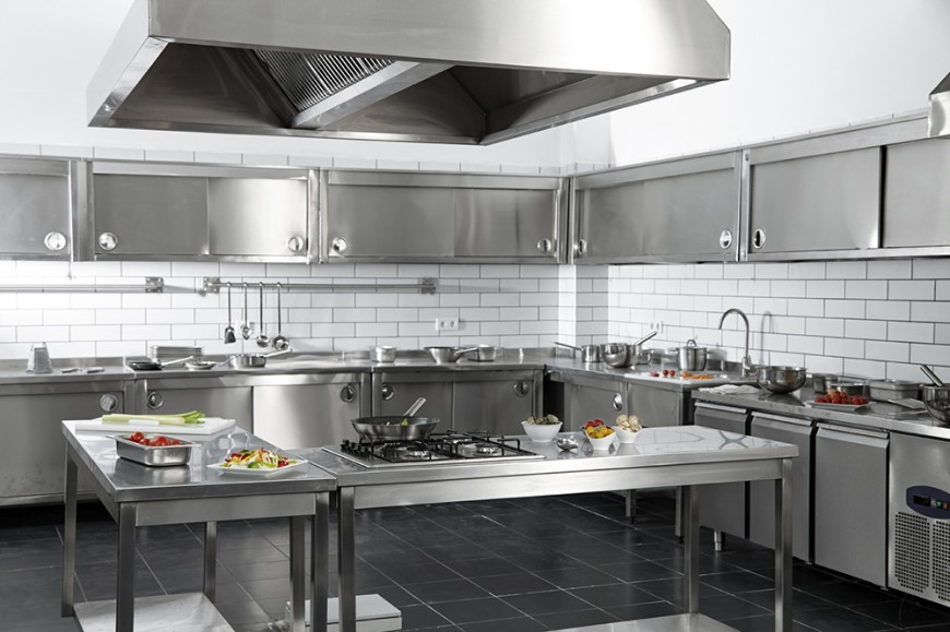 2 perks of stainless steel kitchen cabinets