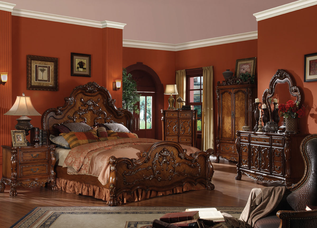 Beautiful traditional bedroom furniture acme dresden traditional arch bedroom set in cherry oak gyfecmt