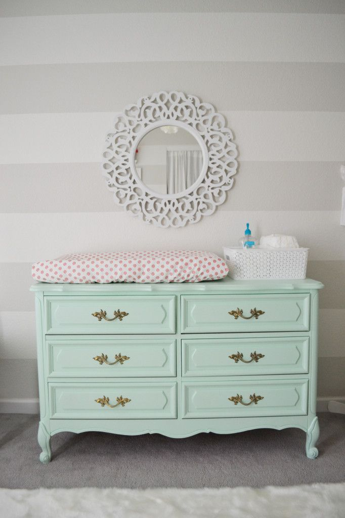 How to pick a baby dresser with changing table