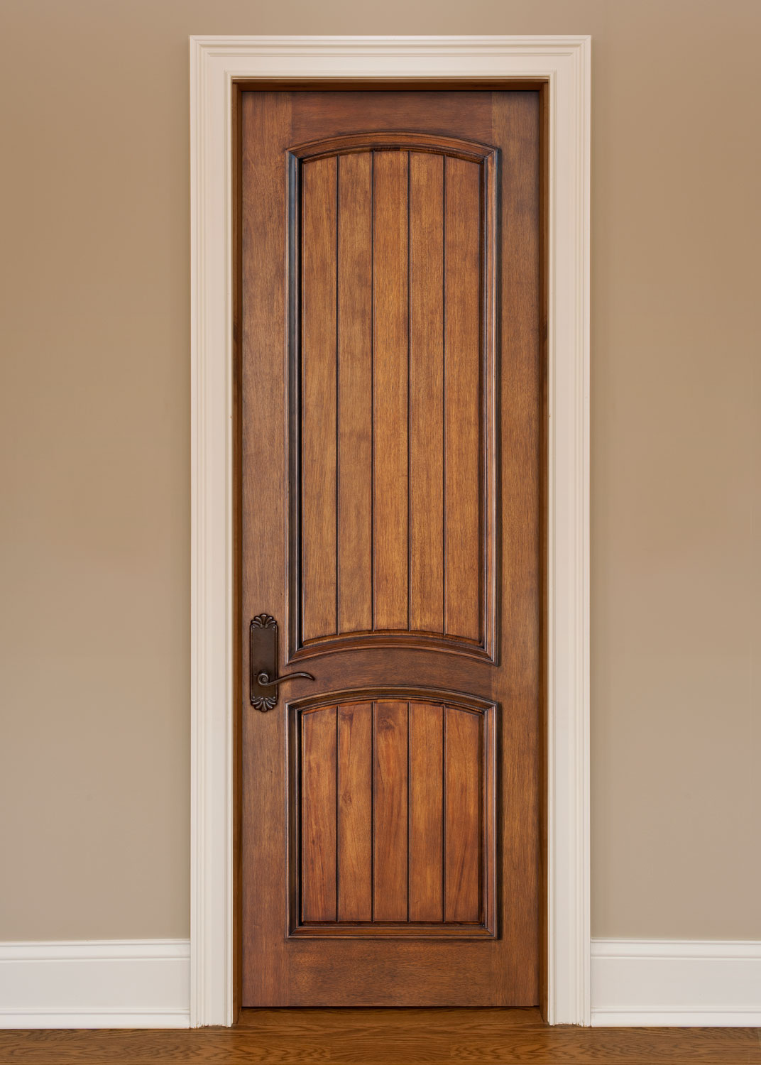 How to purchase interior solid wood doors