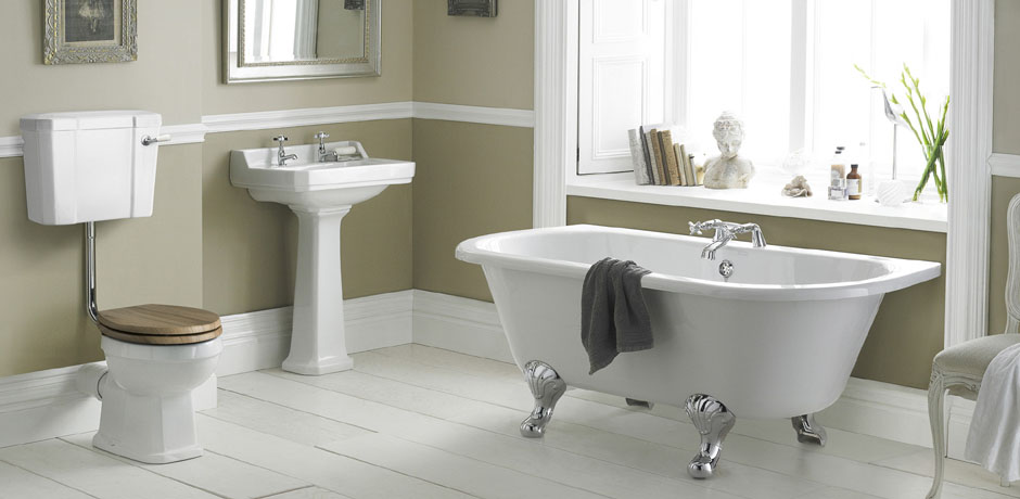 Chic victorian bathroom suites a complete guide to traditional bathroom suites lyiamvc
