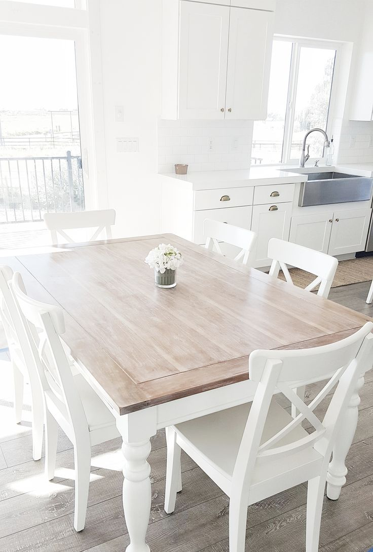 Chic white dining table and chairs table and bench set · #whitelanedecor @whitelanedecor dining room table,  liming wax nohwbyn