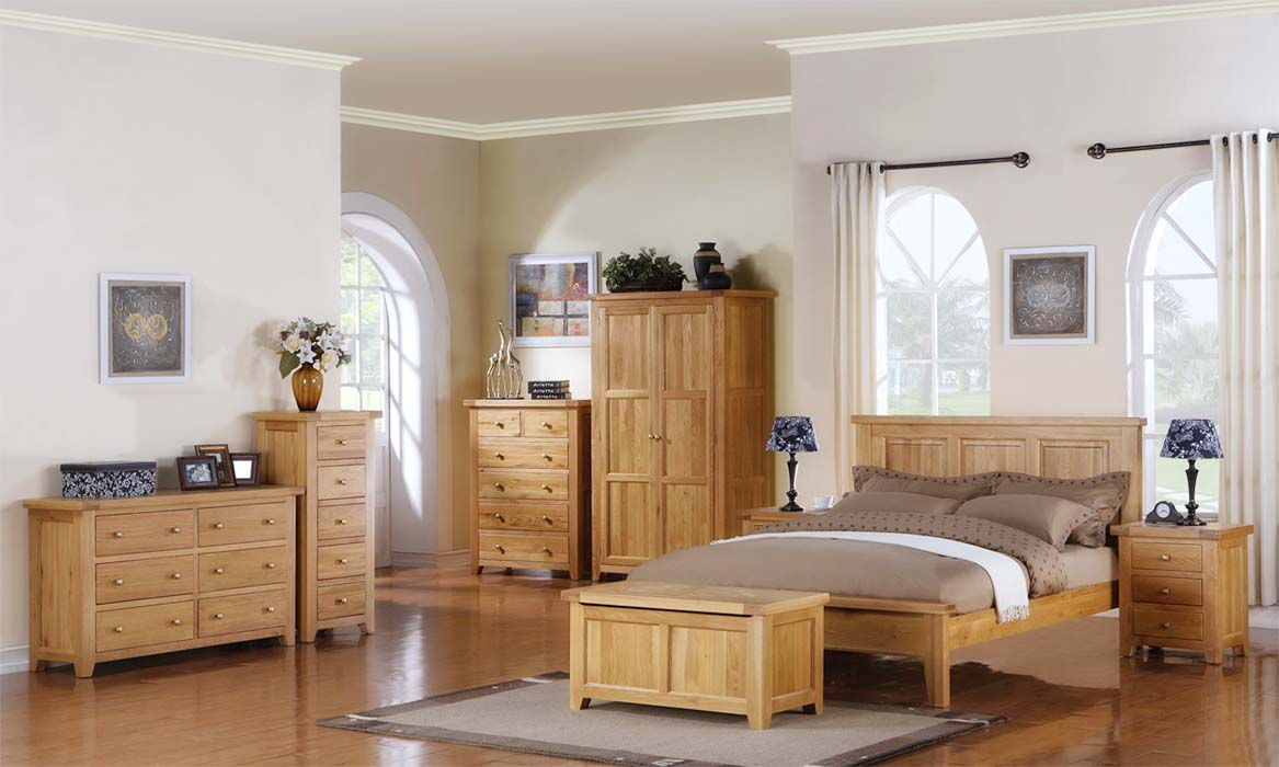 Add personality to your living space with oak living room furniture