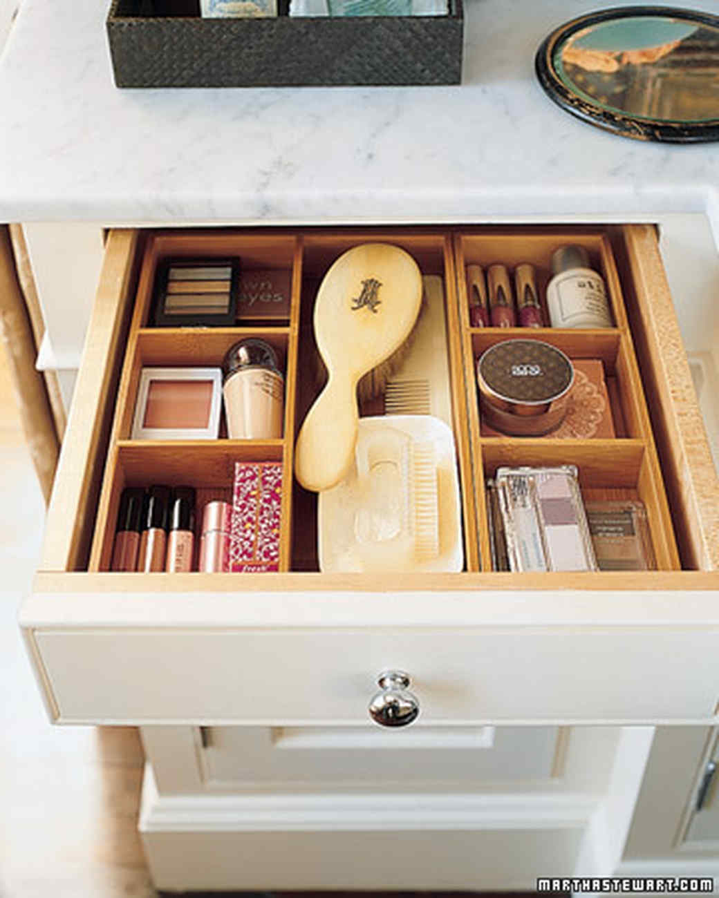 Easy ways to increase bathroom countertop storage