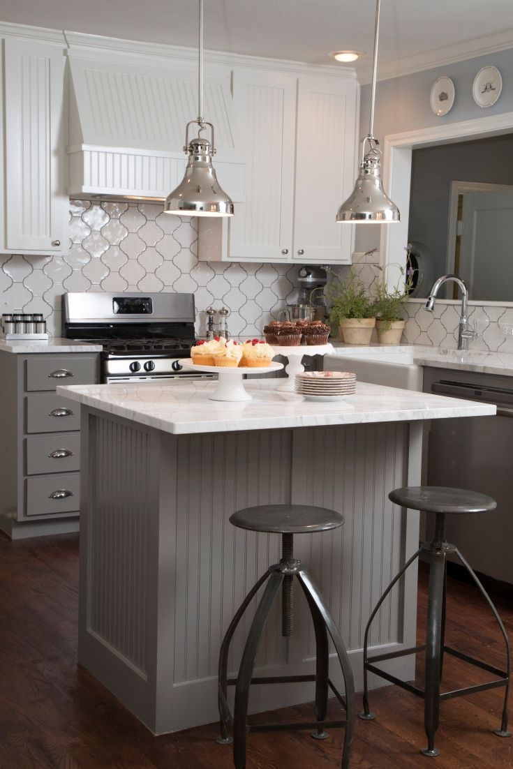 Cozy kitchen islands for small kitchens love the moroccan tile backsplash and gray beadboard on the island xpziymt