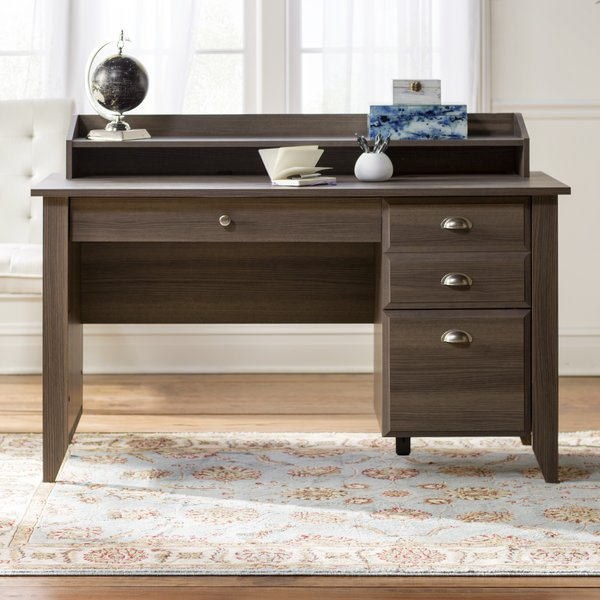 3 top benefits of a computer desk with drawers
