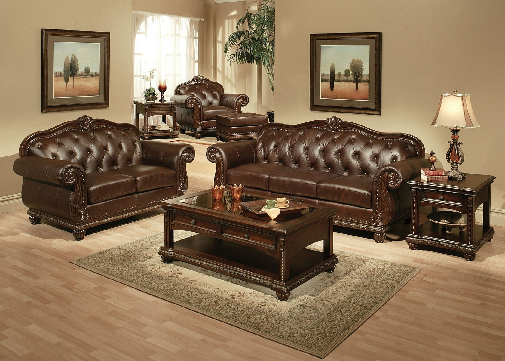 Adequately selecting leather living room furniture sets